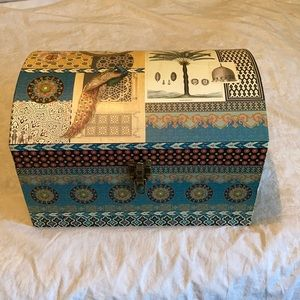 Large Paper Storage Trunk - Very Sturdy!